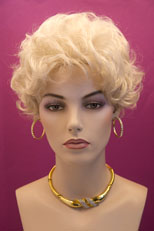 Wigs In Pale Beige Blonde 46